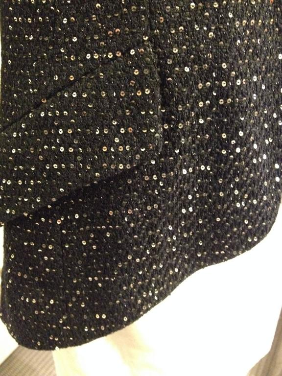 Women's Chanel Black Tweed Jacket with Sequins Size 36 (4) For Sale