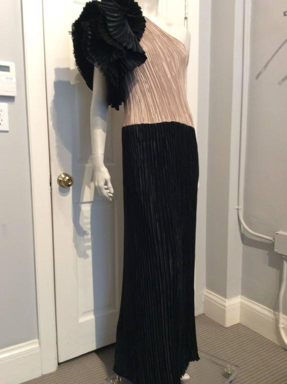Mary McFadden Black and Gold Pleated One-Shoulder Flounce Vintage Gown 2