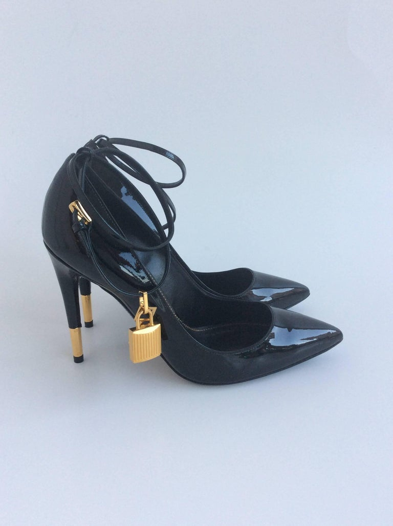 99c8a438a21 Tom Ford Black Patent Pumps With Ankle Strap And Gold Lock And Key Sz38 (Us  7.5)