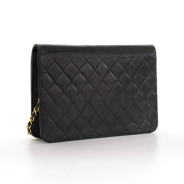 """Chanel 10"""" Classic Black Quilted Leather Shoulder Flap Bag Ex In Good Condition For Sale In Fukuoka, JP"""