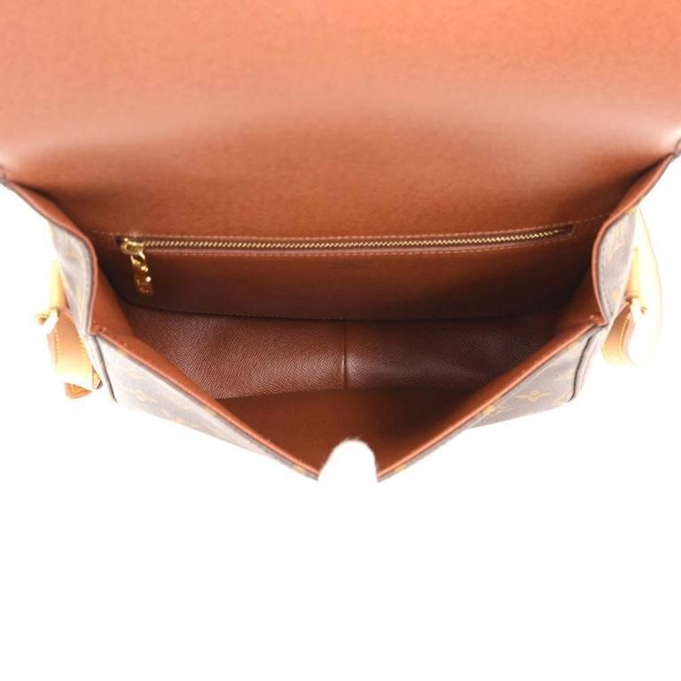 Louis Vuitton Saint Cloud Monogram Canvas Shoulder Bag For Sale 5