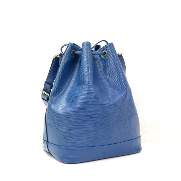 Louis Vuitton Noe Large Blue Epi Leather Shoulder Bag 3