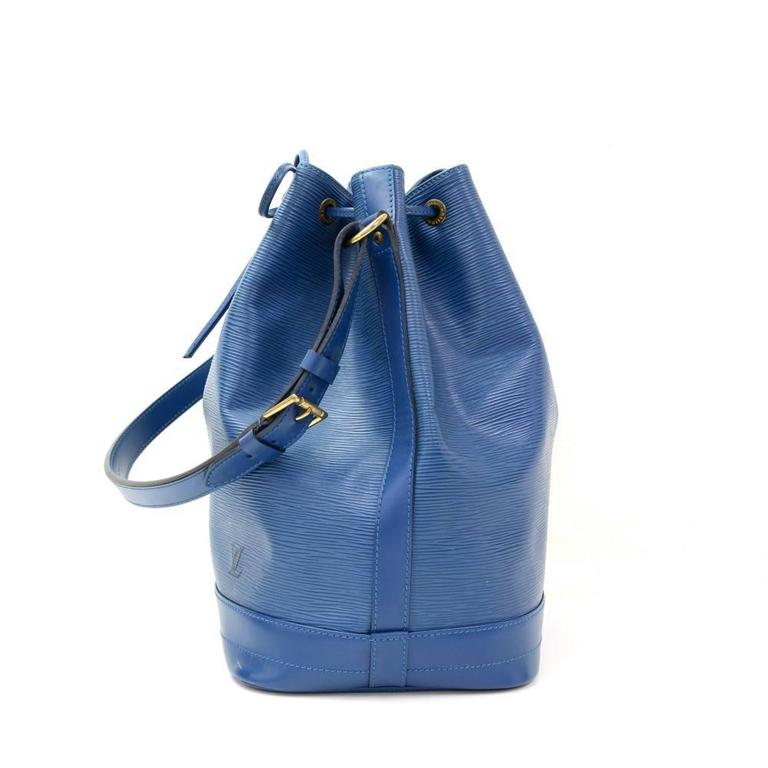 Louis Vuitton Noe Large Blue Epi Leather Shoulder Bag 4