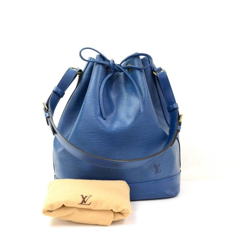 Louis Vuitton Noe Large Blue Epi Leather Shoulder Bag 2