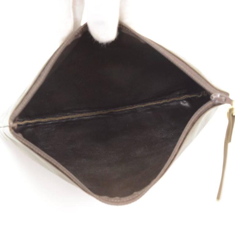 Vintage Chanel Dark Brown Leather Large Bucket Backpack For Sale 5