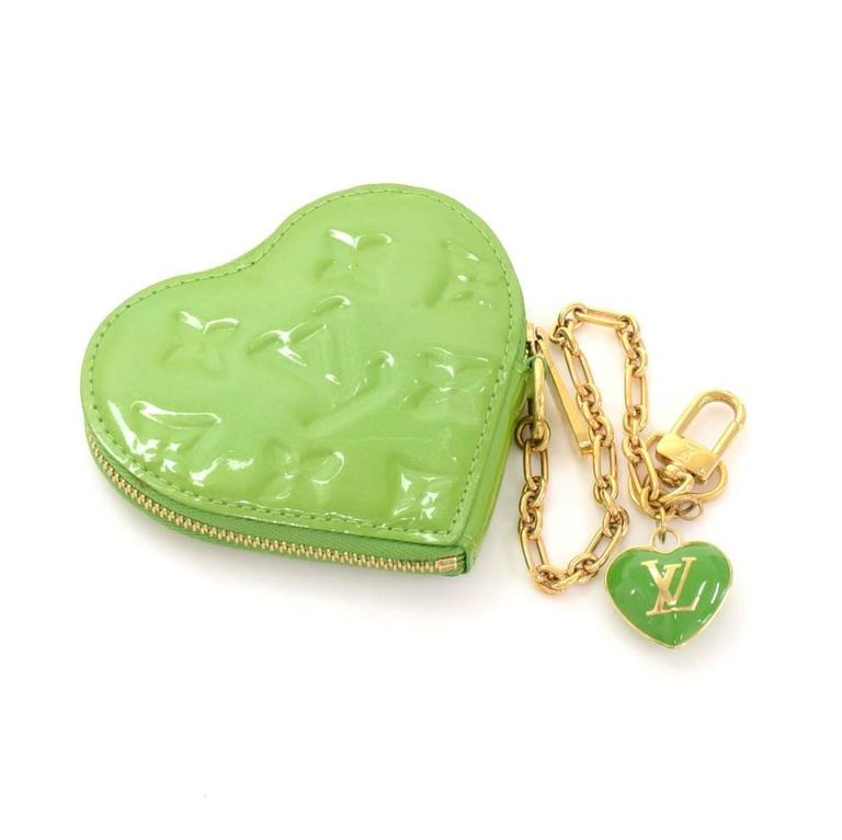 Louis Vuitton Porte Monnaies Cruer Green Pepermint Vernis Heart Shaped Coin Case 3