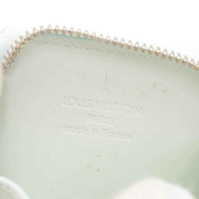 Louis Vuitton Porte Monet Flocon Light Blue Vernis Leather Coin Case In Excellent Condition For Sale In Fukuoka, JP