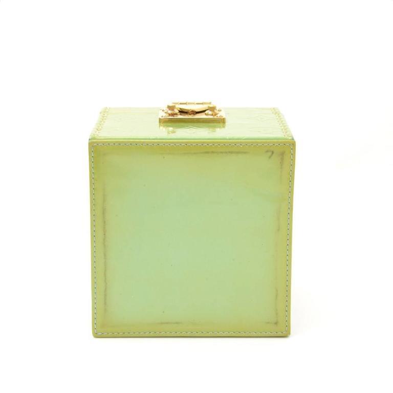 Louis Vuitton Bleeker Green Vernis Leather Cosmetic Case HandBag For Sale 1