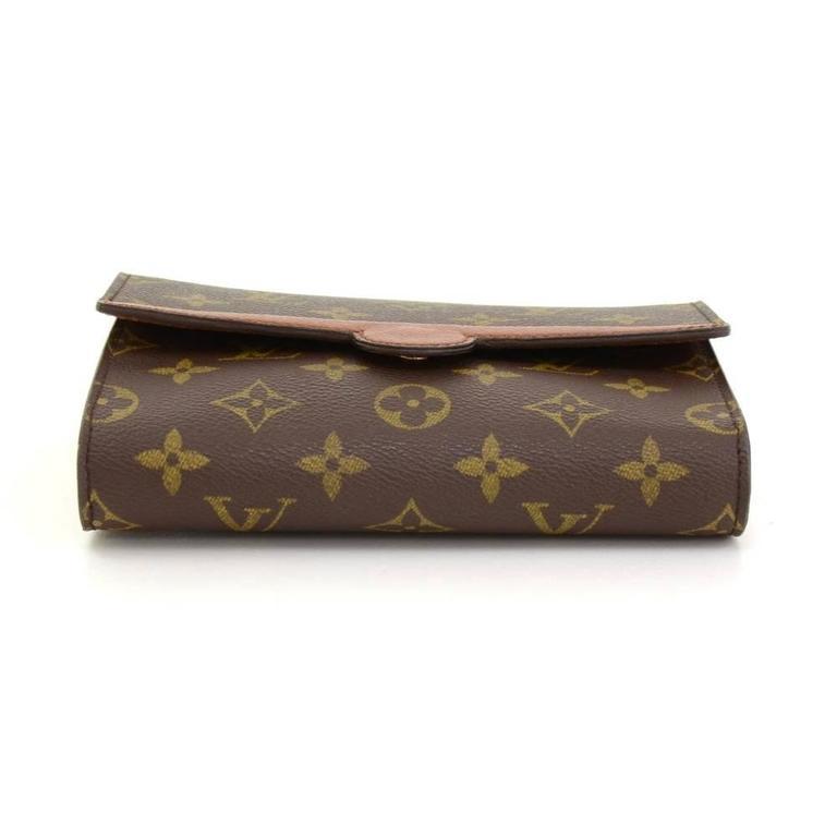 Louis Vuitton Pochette Arche Monogram Canvas Clutch Bag For Sale 1