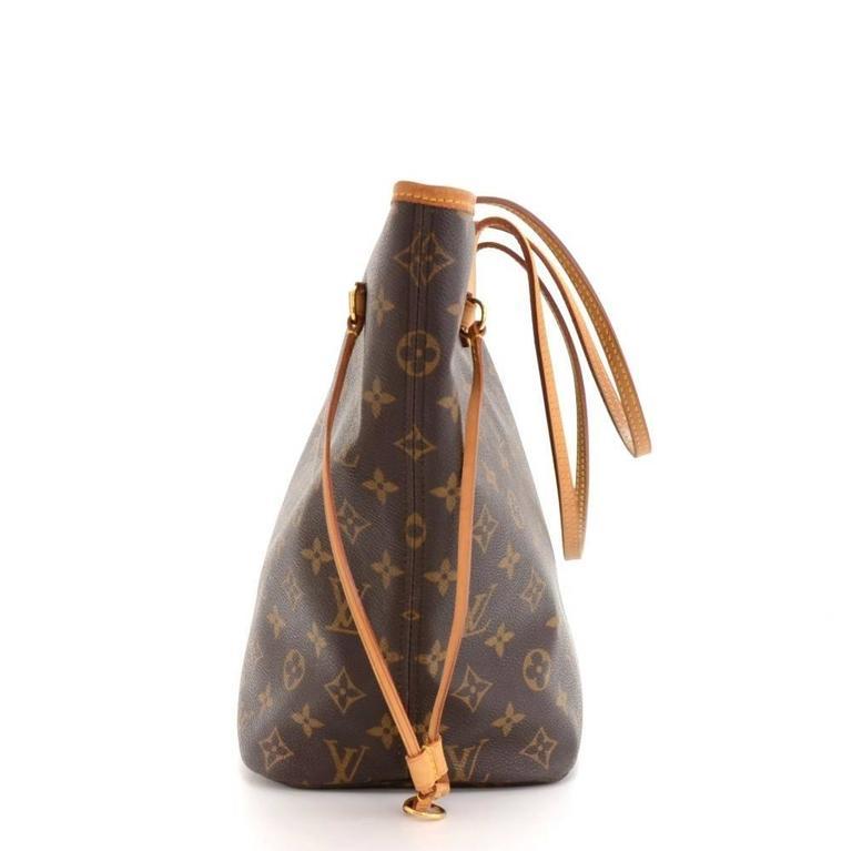 Women's Louis Vuitton Neverfull MM Monogram Canvas Shoulder Tote Bag For Sale