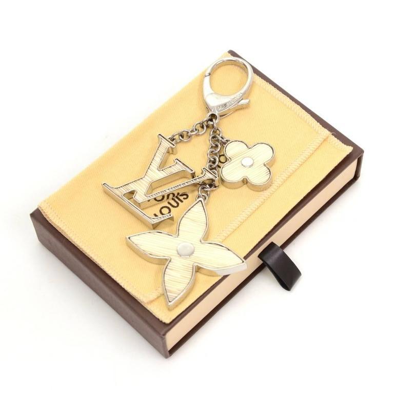 Louis Vuitton Fleur d'Epi White x Silver Tone Key Chain / Bag Charm 2