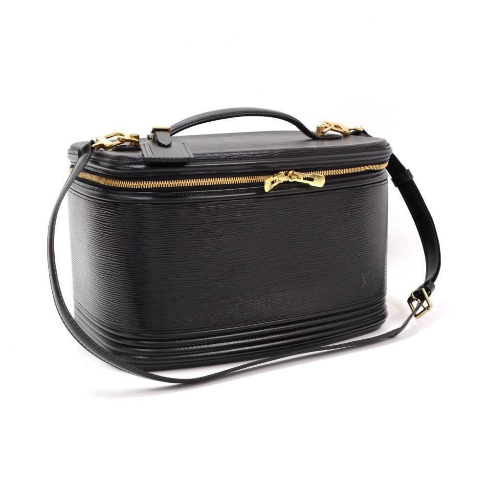Vintage Louis Vuitton Nice Beauty Black Epi Leather Travel
