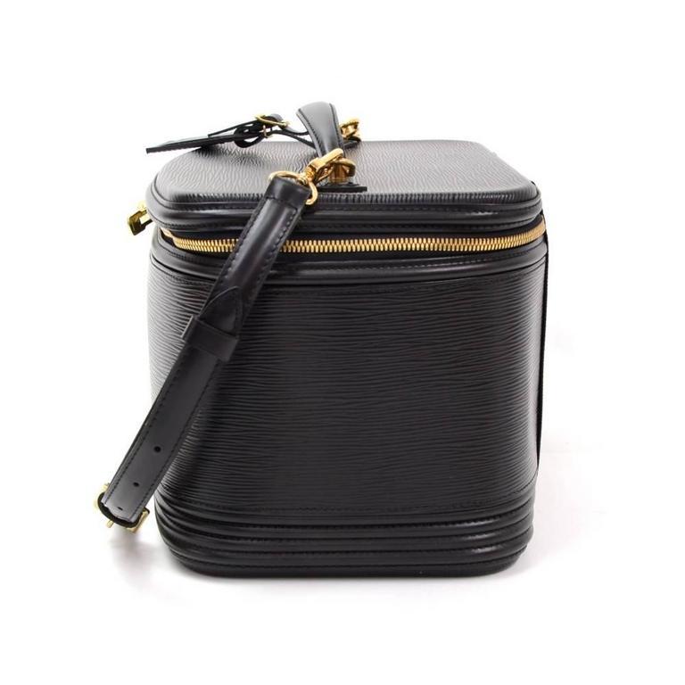 Vintage Louis Vuitton Nice Beauty Black Epi Leather Travel Case + Strap 4