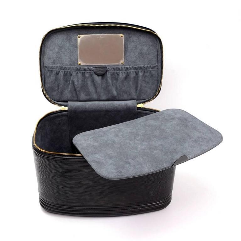 Vintage Louis Vuitton Nice Beauty Black Epi Leather Travel Case + Strap 9