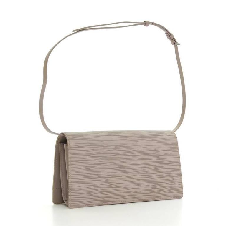 Brown Louis Vuitton Honfleur Lilac Epi Leather Shoulder Clutch Wallet For Sale
