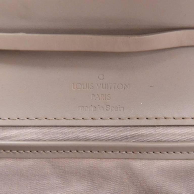 Louis Vuitton Honfleur Lilac Epi Leather Shoulder Clutch Wallet For Sale 4