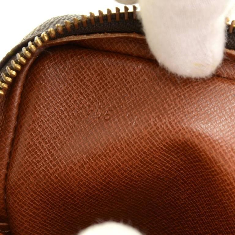 Vintage Louis Vuitton Mini Danube Monogram Canvas Shoulder Pochette Bag For Sale 4