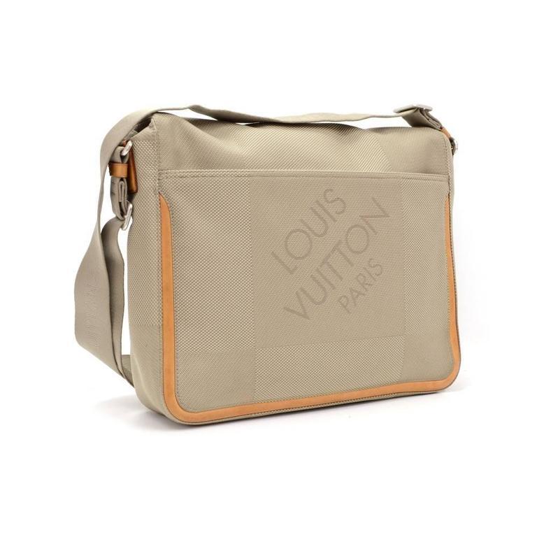 Brown Louis Vuitton Messager Gray Damier Geant Canvas Laptop Bag For Sale