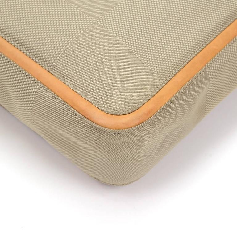 Louis Vuitton Messager Gray Damier Geant Canvas Laptop Bag For Sale 2