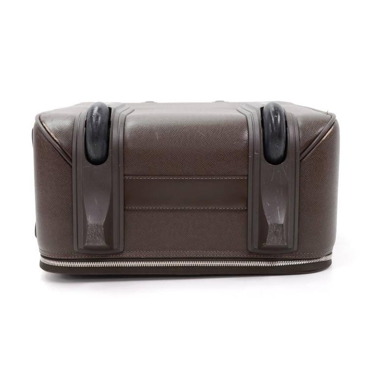 Louis Vuitton Pegase 60 Brown Taiga Leather Travel Rolling Luggage For Sale 2
