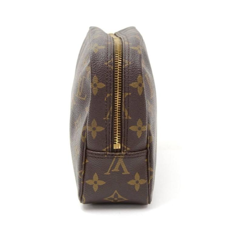 Vintage Louis Vuitton Trousse Toilette 23 Monogram Canvas Cosmetic Pouch For Sale 1