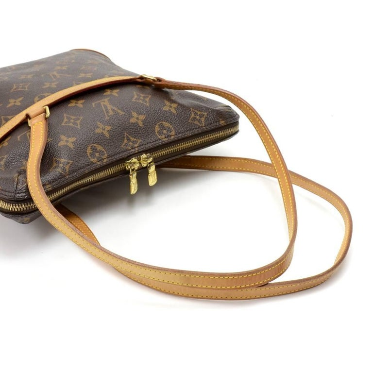 Louis Vuitton Coussin GM Monogram Canvas Shoulder Hand Bag  For Sale 1