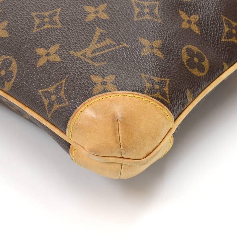 Louis Vuitton Coussin GM Monogram Canvas Shoulder Hand Bag  For Sale 2