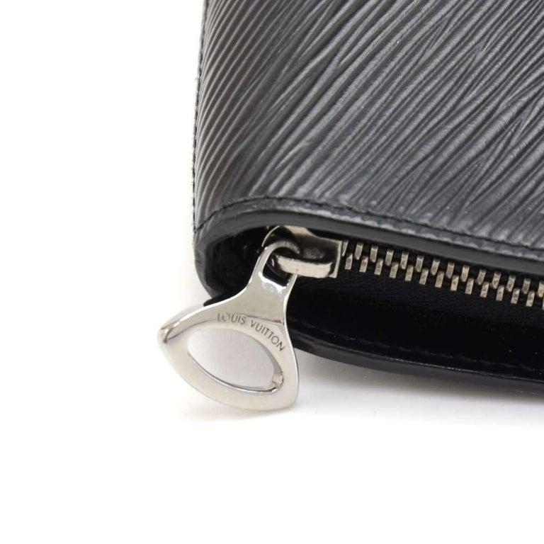 Louis Vuitton Black Epi Leather Demi lune Wallet w/ coin case For Sale 2