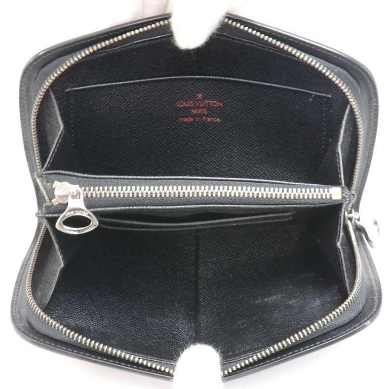Louis Vuitton Black Epi Leather Demi lune Wallet w/ coin case For Sale 4