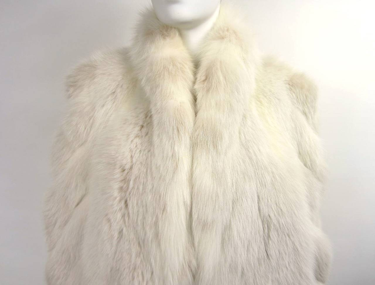 Over sized White Fox Fur Jacket Swirl Sleeves 2