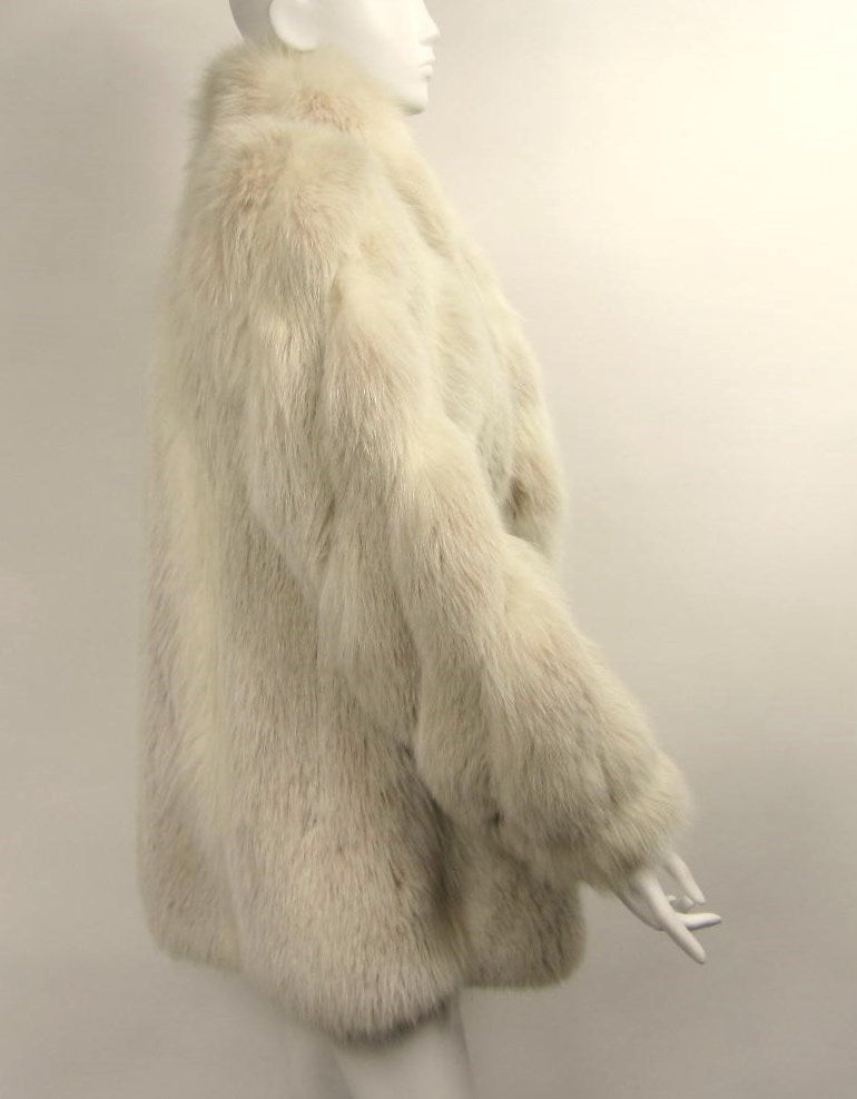 Over sized White Fox Fur Jacket Swirl Sleeves 3