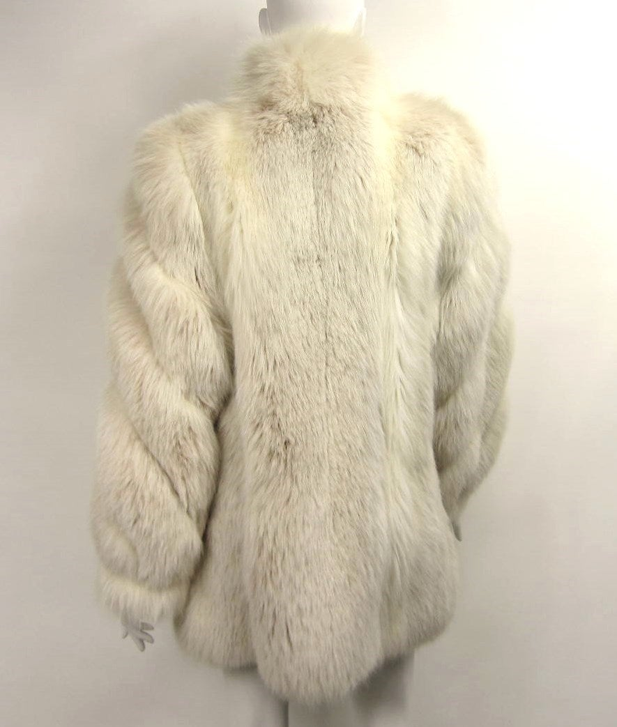 Over sized White Fox Fur Jacket Swirl Sleeves 4
