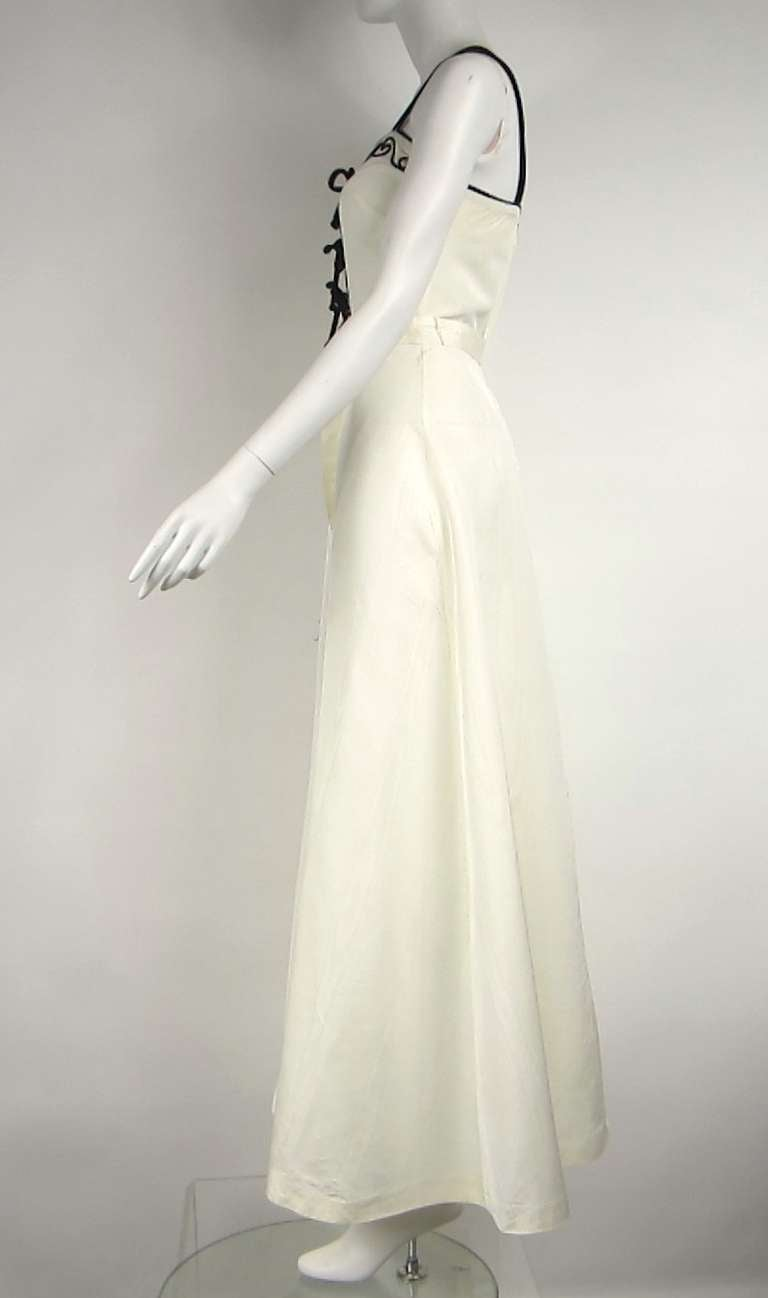 1970s black & Cream Boho maxi Dress Ric Rac bow bodice In Good Condition For Sale In Wallkill, NY