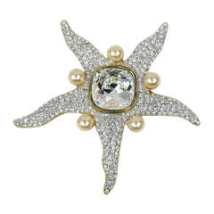 1990s Valentino Star Fish Crystal and Pearl Brooch New Never worn