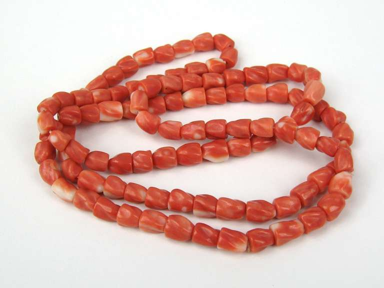 Coral Necklace Vintage 2