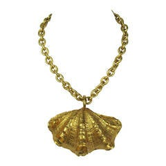Mercedes Robirosa Gold Gilt Sea Shell Drop Necklace New Old stock 1980s