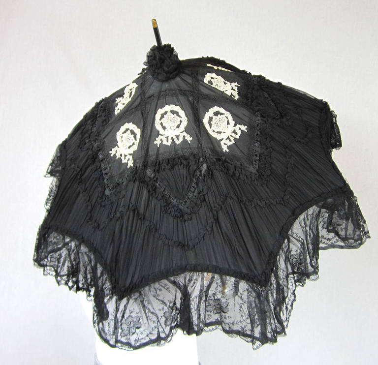 Early Silk & Lace Heavily detailed parasol circa 1900's Perfect 3