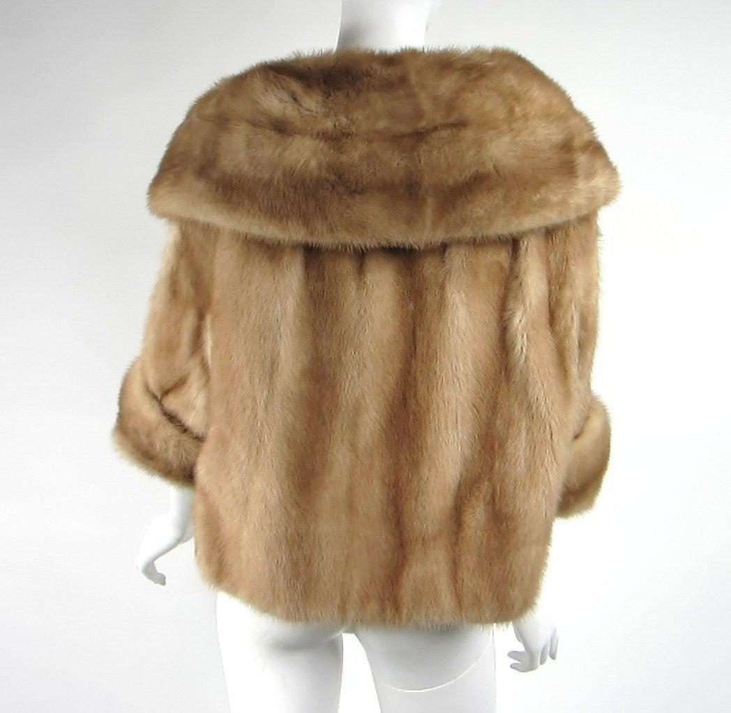 Women's Stunning Wide collar 1960s Bolero Mink Shrug