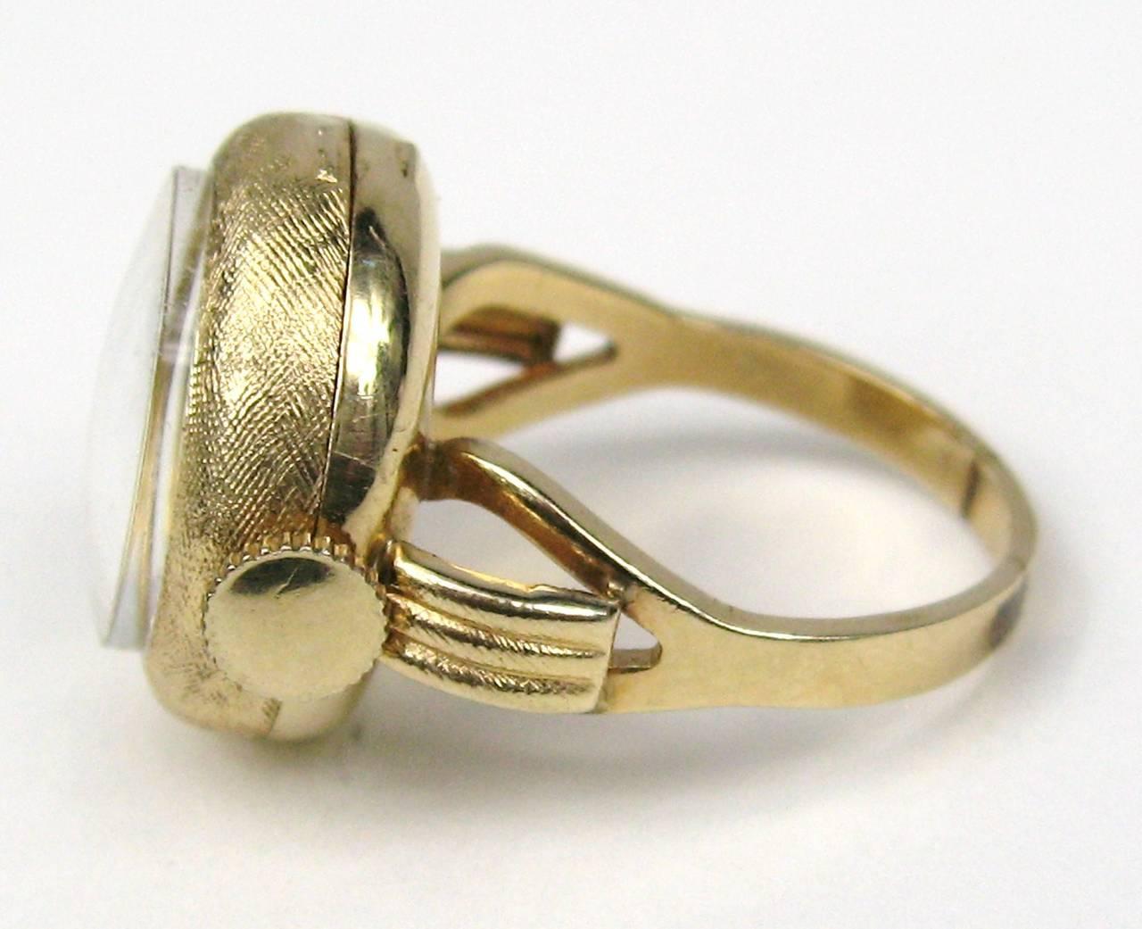 1960s 14k Gold Geneva 17 Jewel Watch Ring 2