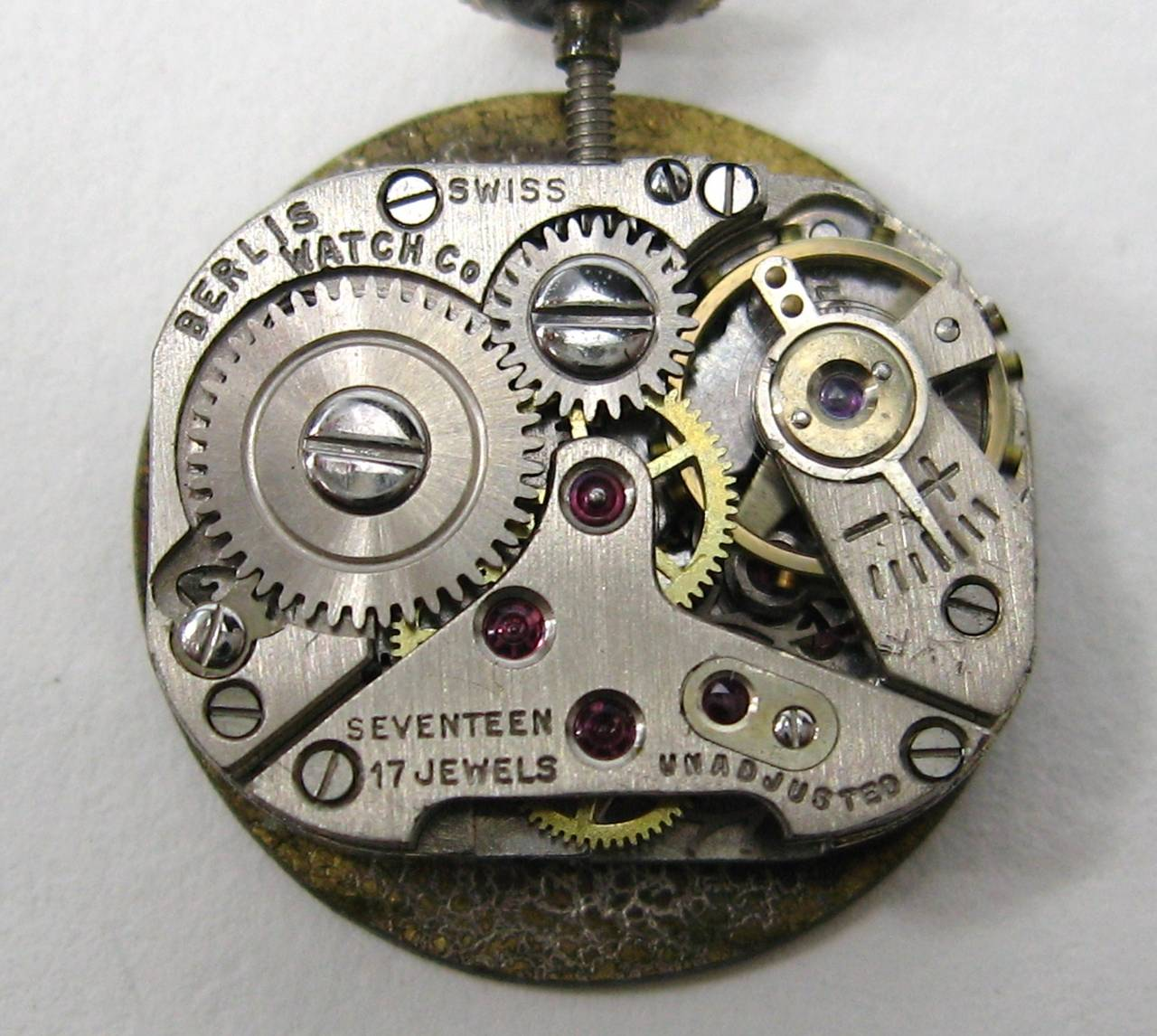 1960s 14k Gold Geneva 17 Jewel Watch Ring 5