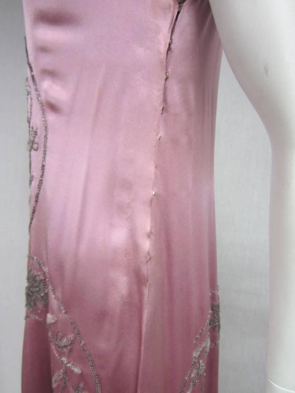 "Women's 1920s Pink Silk Beaded ""Gatsby"" Dress For Sale"