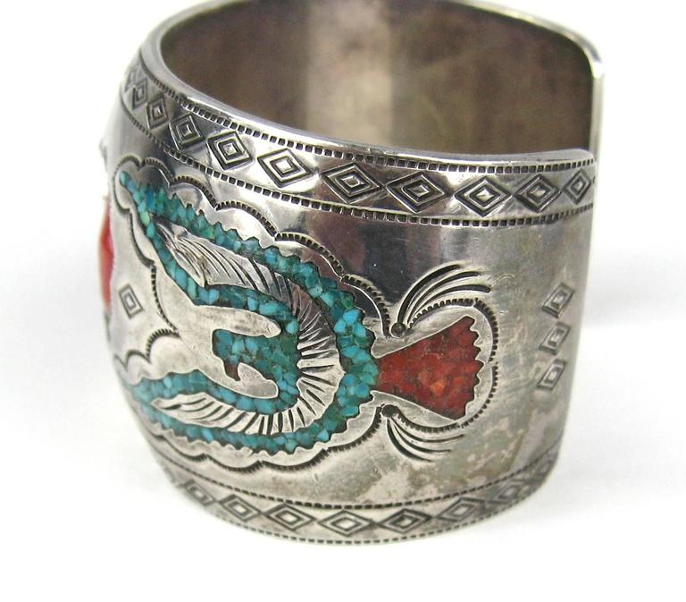 Stunning craftsmanship on this Navajo Sterling Bracelet 