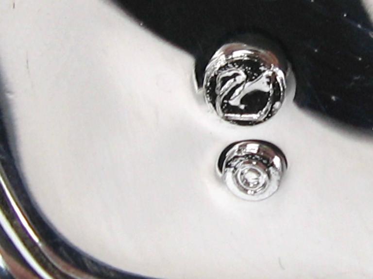 SWAROVSKI Crystal Iconic Swan Bug Brooch Pin Never Worn 7