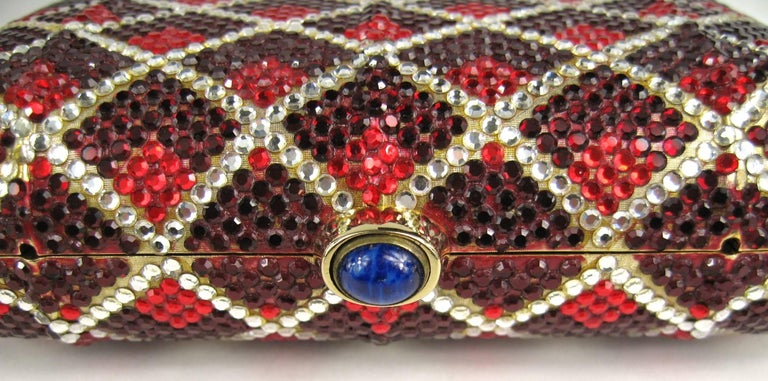 Judith Leiber Red Swarovski Crystal Minaudiere Evening Bag Clutch Holiday Runway In Good Condition For Sale In Wallkill, NY