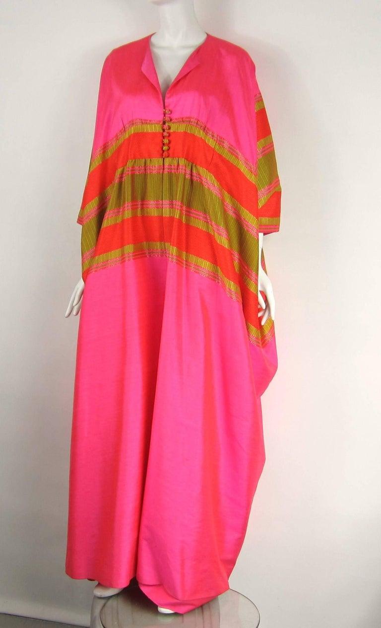 1960s Vintage Silk Dupioni Pink Orange Caftan Dress Asian Bergdorf Goodman For Sale 2