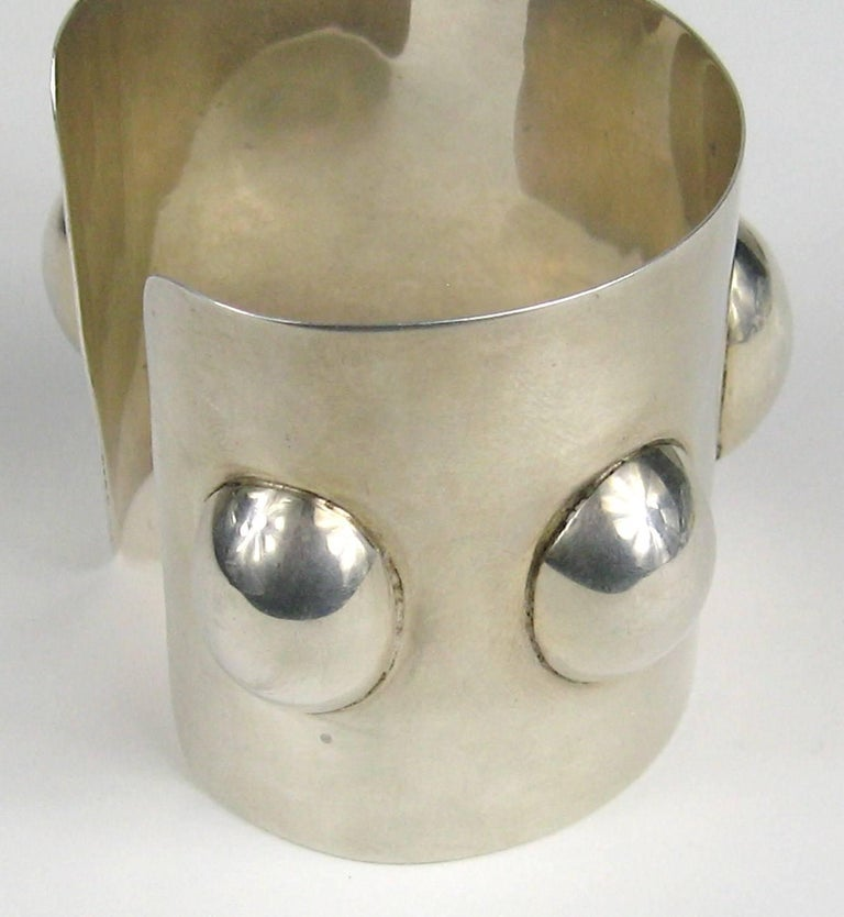 Vintage Taxco Mexican Sterling Silver Wide Cuff Warrior Bracelet  In Excellent Condition For Sale In Wallkill, NY