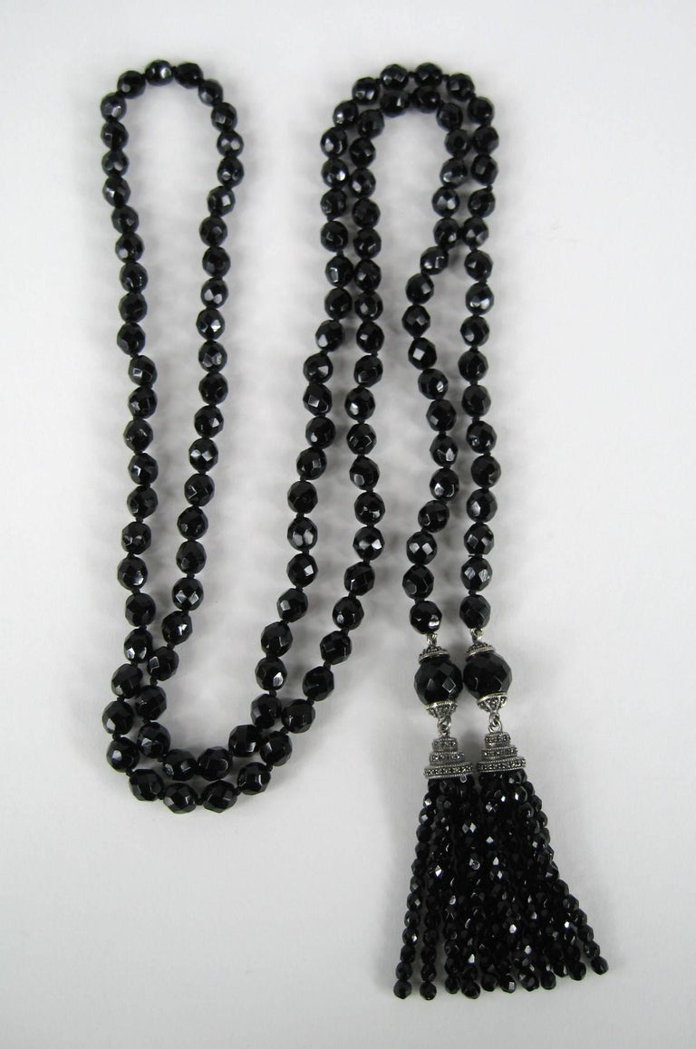 Antique French Jet Black Glass Lariat or sautoir long beaded flapper necklace with faceted beads vintage art deco 1920s 1930s