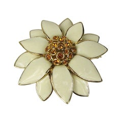 Ciner swarovski Amber Crystal & Enamel Brooch Goldtone New never worn 1980s