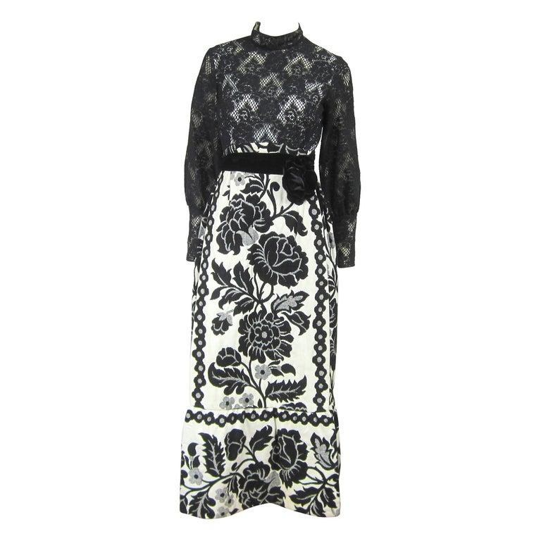 Vintage 1970's Black Hot Pants - Shorts & Wrap Maxi Skirt Mignon For Sale