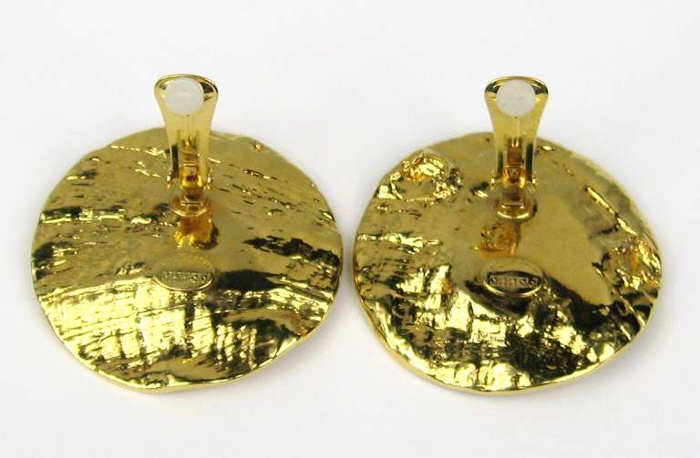 GIANFRANCO FERRE Massive Abalone Crystal Earrings never worn 1980s In New Condition For Sale In Wallkill, NY